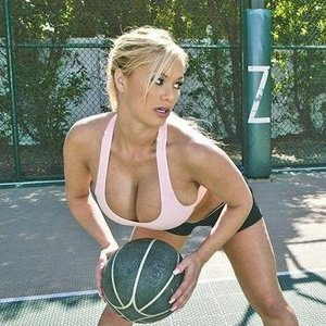 Big tits in sports pics