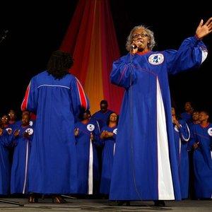 Mississippi Mass Choir's Songs | Stream Online Music Songs