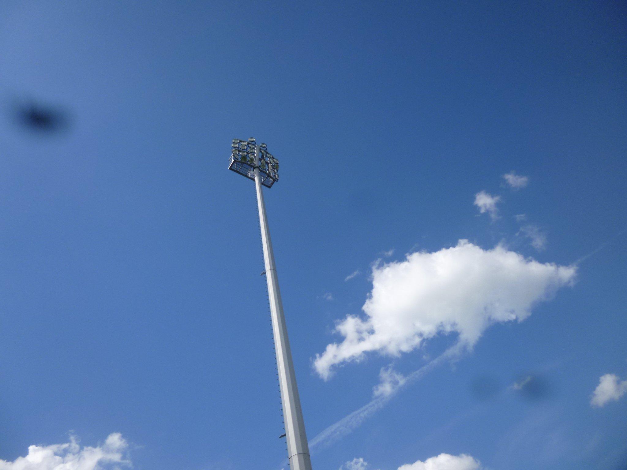 blauer Himmel - Paul Janes Stadion