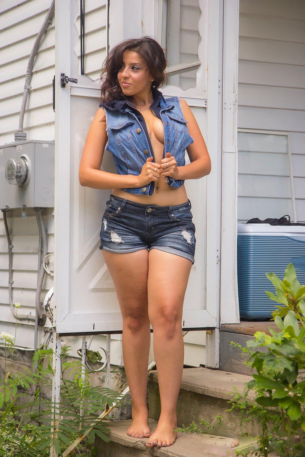 Abbee Kimberly Nude Photos 7