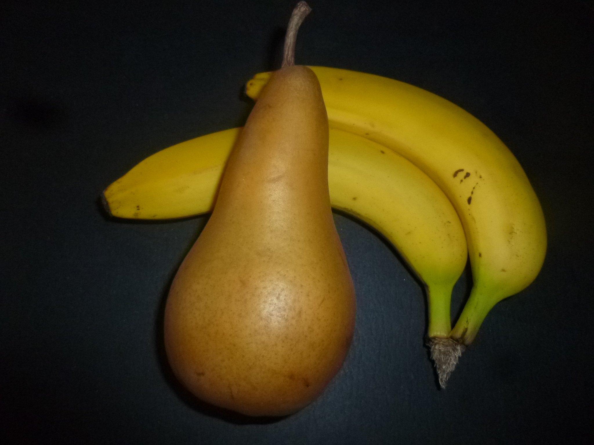 Bananen und Birne